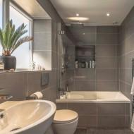 Modern tiled bathroom