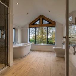 Bathroom with stunning views